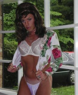Sexy tranny on female — photo 12